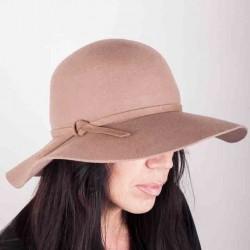 Béžový elegantní dámský klobouk Mes 87018